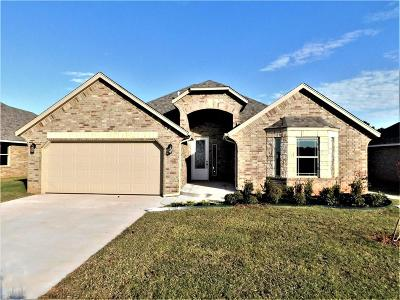 Moore OK Single Family Home For Sale: $242,990