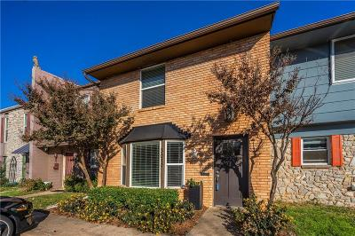 Oklahoma City Condo/Townhouse For Sale: 3019 W Wilshire Boulevard