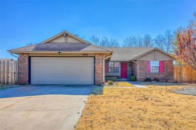 Edmond Single Family Home For Sale: 2004 Silver Fox Drive