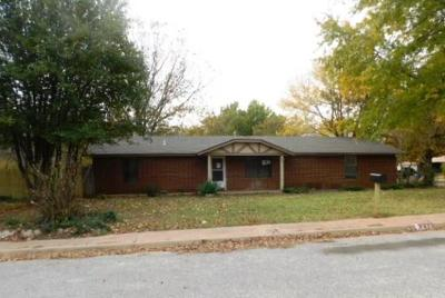 Noble Single Family Home For Sale: 1112 Moonshine Court