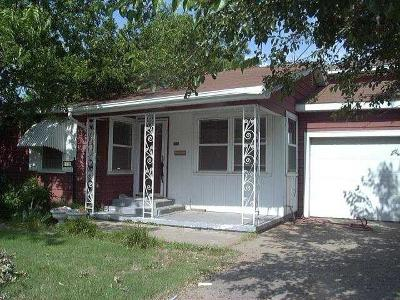 Single Family Home For Sale: 2908 N Florida
