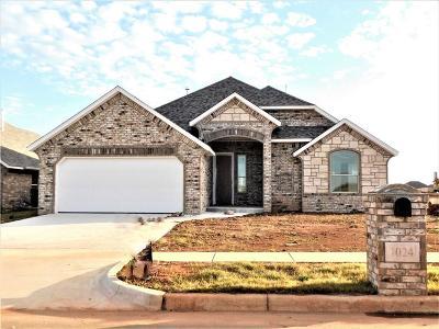 Moore Single Family Home For Sale: 1024 NE 34th Terrace
