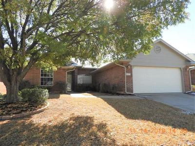 Norman Single Family Home For Sale: 2908 Edinburg Drive