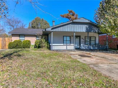 Norman Single Family Home For Sale: 911 W Hughbert