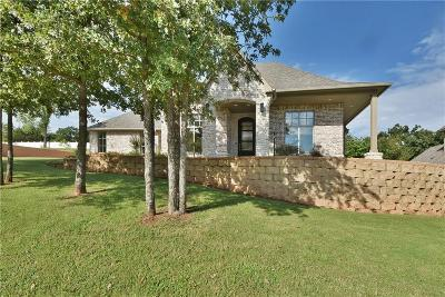 Edmond Single Family Home For Sale: 2801 Woodland Creek Dr.