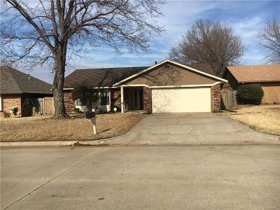 Midwest City Single Family Home For Sale: 10529 Ricky Lane