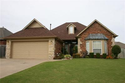 Midwest City Single Family Home For Sale: 10815 Windmill Farms Road