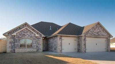 Altus Single Family Home For Sale: 1317 Dustbowl Lane
