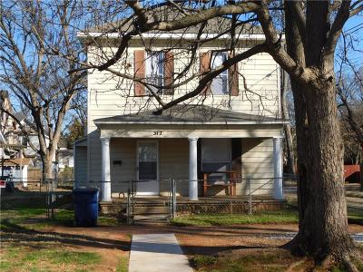 Guthrie Single Family Home For Sale: 312 S Ash Street