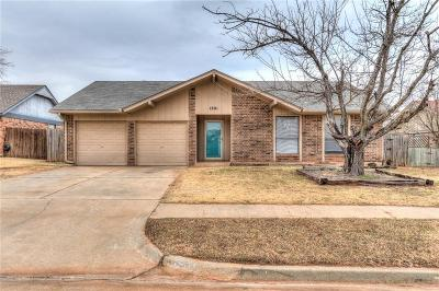 Moore Single Family Home For Sale: 1801 SE 7th Street