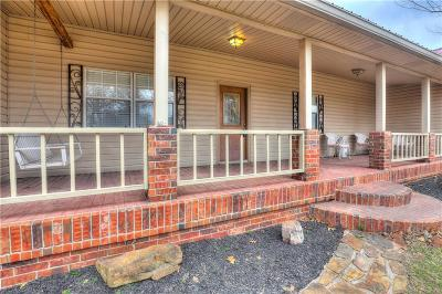 Choctaw Single Family Home For Sale: 2224 S Henney Road