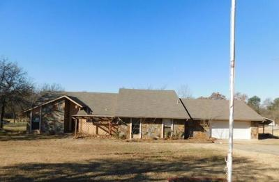 Single Family Home For Sale: 2655 Forest Oaks Drive