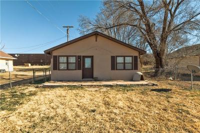 Cheyenne Single Family Home For Sale: 205 N Cearlock