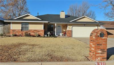 Mustang Single Family Home For Sale: 921 N Crystal Way
