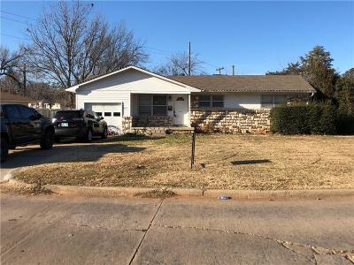 Midwest City Single Family Home For Sale: 605 General Senter Dr.