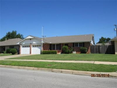 Oklahoma City Single Family Home For Sale: 1309 SW 71st Street