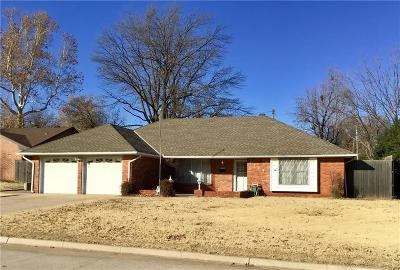 Oklahoma City Single Family Home For Sale: 5009 NW 61st Place