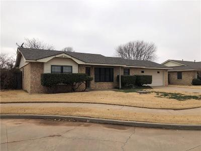 Altus Single Family Home For Sale: 705 Canterbury