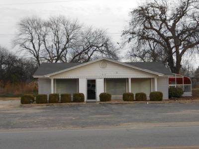 Commercial For Sale: 918 S Chickasaw