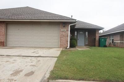 Rental For Rent: 1710 W Palm Place