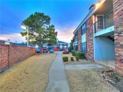 Norman Condo/Townhouse For Sale: 3003 River Oaks Dr. #227