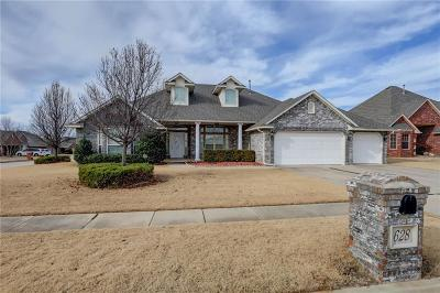 Norman Single Family Home For Sale: 628 Ridge Lake Boulevard