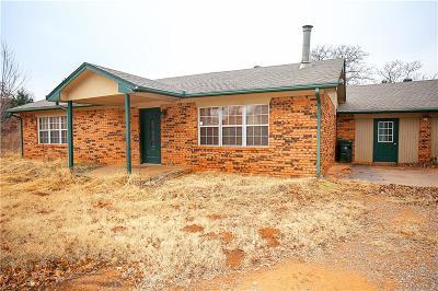 Edmond Single Family Home For Sale: 11651 Thousand Oaks Drive