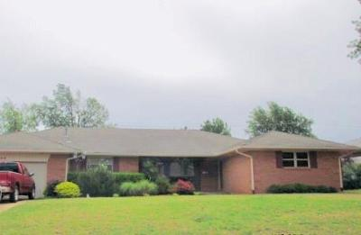 Midwest City Single Family Home For Sale: 3500 Bella Vista Drive