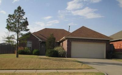 Edmond Single Family Home For Sale: 2300 NW 157th