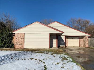 Moore Single Family Home For Sale: 813 SE 14th