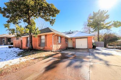 Single Family Home For Sale: 320 Asbill