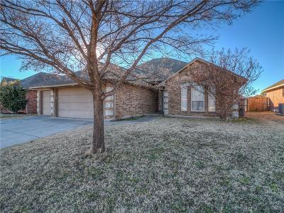Yukon Single Family Home For Sale: 725 Dana