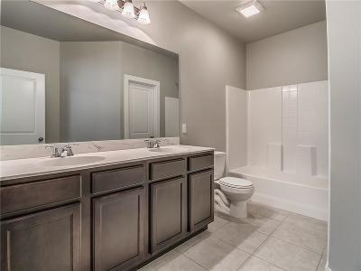 Edmond Single Family Home For Sale: 14425 Meadow Ridge Lane