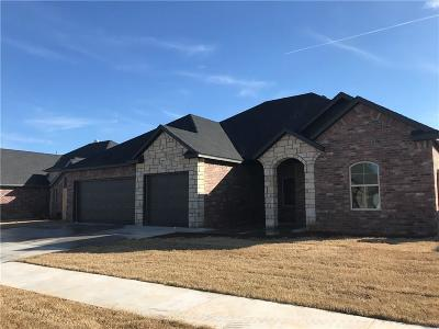 Weatherford Single Family Home For Sale: 2612 Falling Leaves