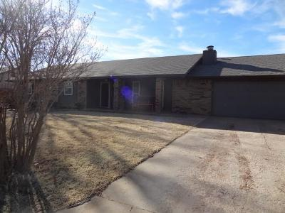 Cordell Single Family Home For Sale: 1414 Partridge