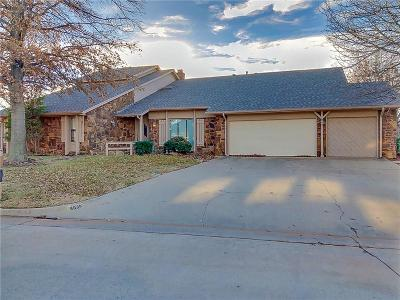 Warr Acres Single Family Home For Sale: 6805 Shoreline Drive