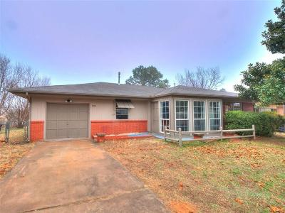 Blanchard OK Single Family Home For Sale: $139,000