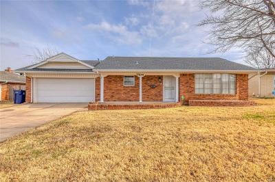 Oklahoma City Single Family Home For Sale: 7704 S Hillcrest Drive