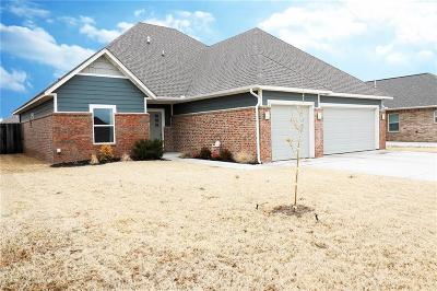 Moore Single Family Home For Sale: 917 16th