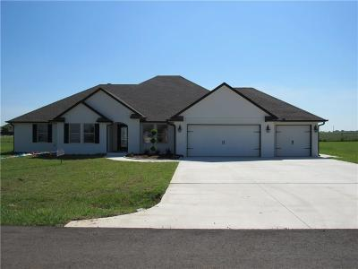 Canadian County Single Family Home For Sale: 1750 Bobbie Lane