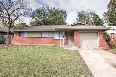 Norman Single Family Home For Sale: 326 Garrison Drive