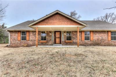 Choctaw OK Single Family Home Pending: $314,900