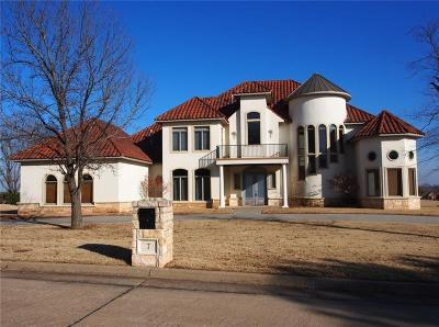 Shawnee Single Family Home For Sale: 7 Country Club Road