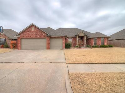 Moore Single Family Home For Sale: 3208 Birch