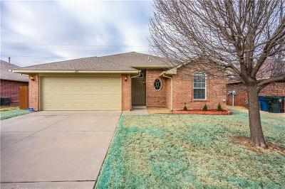 Oklahoma County Single Family Home For Sale: 253 Cambridge Drive