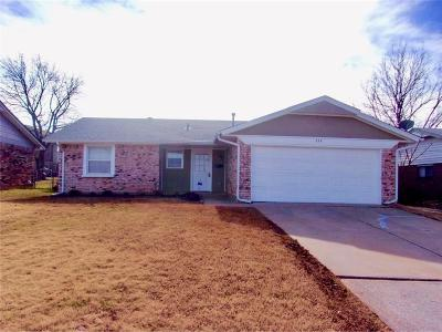 Midwest City Single Family Home For Sale: 324 W Silverwood