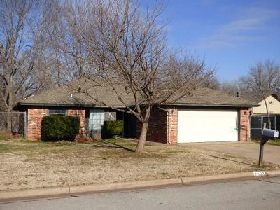 Norman Single Family Home For Sale: 2603 Wood Hollow Street