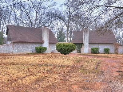 Noble Multi Family Home For Sale: 812 Cartwright Drive