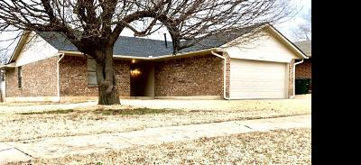 Midwest City OK Single Family Home For Sale: $115,000