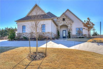 Edmond Single Family Home For Sale: 504 Country Club Drive